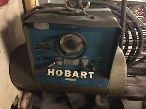 Hobart 300 A Dc Mg Set Welder 208 230 480 3 Phase Portable Generator
