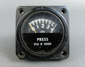Htl Bezel Mounting Panel Pressure Gage W Dial Indicator 9600b Ms 28055