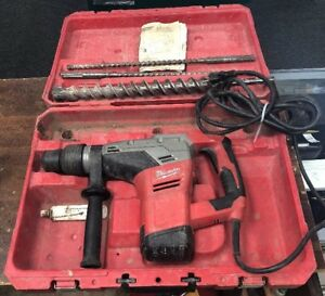 Milwaukee 5317 20 1 9 16 In Sds max Rotary Hammer W Hard Case And Bits