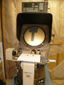 Mitutoyo Ph350 Optical Comparator With Mitutoyo Dro
