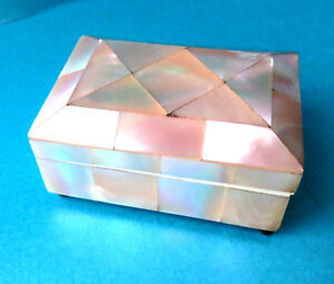 Antique Beautiful Pearl Sewing Needle Box