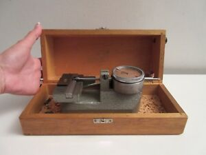 Vintage Carl Mahr Indicating Bench Micrometer 0 01mm Indicator In Wooden Case