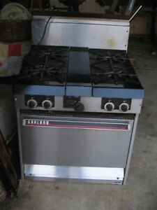 Garland Commercial Range