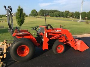 Kubota L2500 Tractor 4x4 With Loader And Both Ag And Turf Tire Sets Low Hours