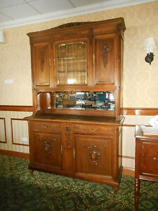 Antique American Quartersawn Tiger Oak China Cabinet Buffet