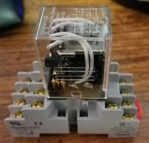 7 Of The Magnecraft Struthers dunn W78csx 3 C281xdx100 24vdc 14 Pin 3amp Relay