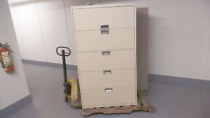 Steelcase 5 Drawer Lateral Filing Cabinet 63 X 36 X 18 With Lock And Key Used