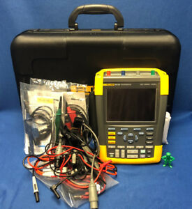 Fluke 190 204 4ch 200mhz 2 5gs s Color Scopemeter Portable Oscilloscope