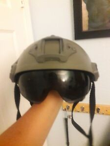 Outdoor Military Tactical Protective Fast Helmet Airsoft W flip down visor