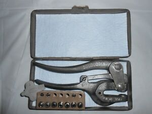 Vintage rw Roper Whitney Inc Usa Metal Hand Punch Case Punch No 5 Jr