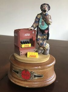 Limited Edition Coca Cola Emmett Kelly Musical Figurine