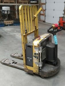 Yale Mpw065sen12t2736 6500lbs Capacity Electric Pallet Jack 36 Forks 12 Volt