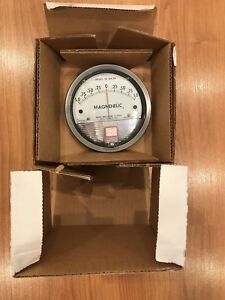 Dwyer Magnehelic Differential Pressure Gage 1 0 1 Model 2302