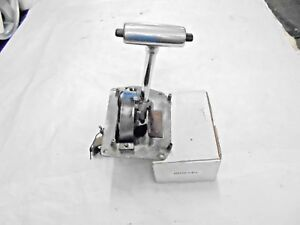 1971 1973 Mustang Auto Transmission Shifter Assembly With Shift Indicator Point