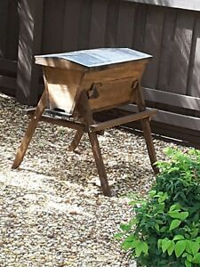 Top Bar Bee Hive 18 Bars Aluminum Roof Viewing Window Mint Condition