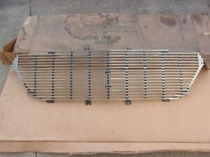 Nos Mopar 1960 Chrysler New Yorker Center Grille