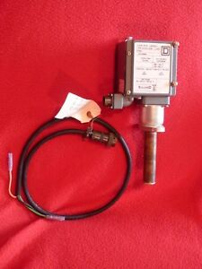 Square D Temperature Switch Class 9025