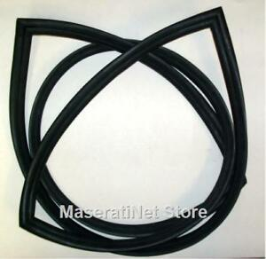 Maserati Indy Series 2 Front Windscreen Rubber Windshield Gasket Seal 116 500