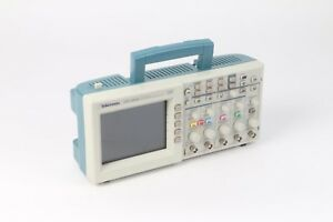 Tektronix Tds2014 Four Channel Digital Storage Oscilloscope 100mhz 1gs s