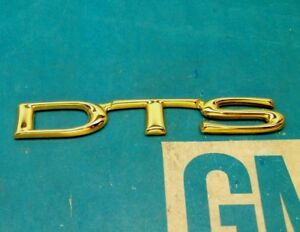 New 00 05 Cadillac Deville Dts 24k Gold Trunk Emblem E g Vogue Nos Gm Ornament