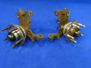 94 95 Ford Mustang 5 0l V8 Front Spindle Pair Left Right Spindles Oem Take Offs