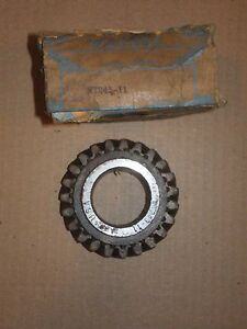 39 40 Plymouth Dodge Chrysler Desoto 6 Cyl 2nd Speed Transmission Gear 692687