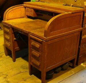 Oak Early 20th Century Roll Top Desk By Hoskins As Is