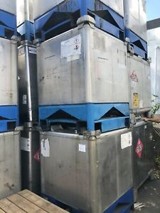 306 Gallon Stelfab 304 Stainless Steel Stackable Totes Tanks