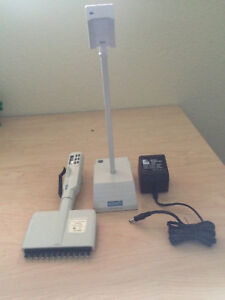 Biohit Proline 12 Channel Electronic Pipette With Charger Stand