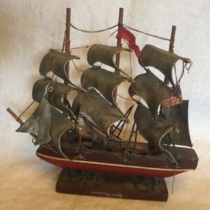 Model Sailing Ship Boat Wooden Nautical Decor 9 2 3 In High 9 In Long Vintage