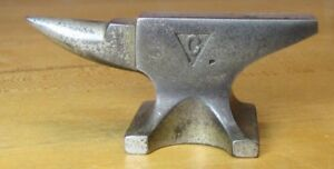 Old Columbian Hardware Co Cleveland O Small Cast Iron Nickel Advertising Anvil