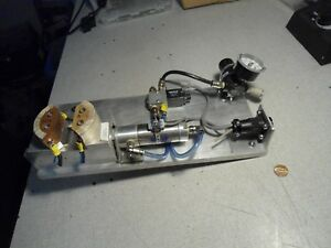 Pneumatic Vise Jaws Cylinder Regulator Press
