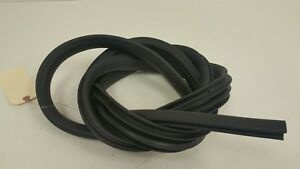 2013 2014 2015 2016 2017 Ford Focus St Driver Rear Door Pinch Weld Weather Strip