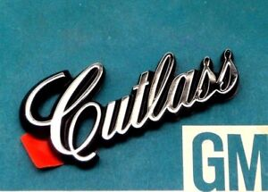 Nos 78 84 Olds Cutlass Calais Roof Emblem Sail Panel Ornament Gm T Top Lock Seat