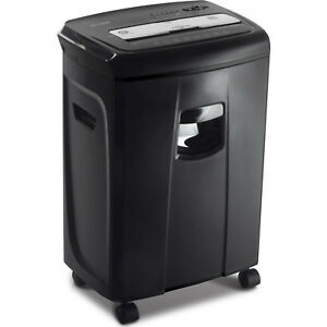 Aurora 12 sheet Crosscut Paper And Credit Card Shredder With Pullout Baske