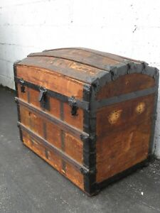 Dome Top Travel Railroad Steamer Trunk Chest From Early 1900s 9228