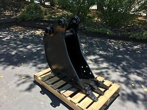 New 12 Bobcat 442 Heavy Duty Excavator Bucket