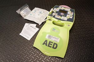 Zoll Aed Plus Defibrillator With Face Shield Cpr D Padz