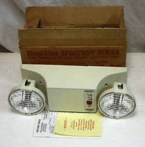 New Dual lite Ez 2i Self Contained Emergency Light W Spectron Self Diagnostics