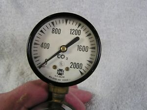 Us Gauge Co 2 2000 Psi Lower Gauge With Other Related Connectors