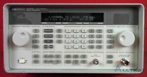 Hp Agilent 8648b 1e5 1ea Synthesized Signal Generator 9 Khz To 2000 Mhz