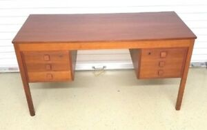 Domino Mobler Teak 6 Drawer Locking Knee Hole Desk Mid Century Modern Danish Mod