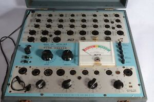 Dyna jet Tube Tester Model 707 With Tube Chart Dynamic Mutual Conductance