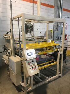 Vacuum Forming Machine With 34 x 19 Molding Surface Works Great