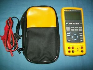 Fluke 724 Temperature Calibrator Calibration Meter Tester W Leads Carry Bag Exc