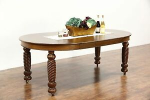 45 Round Oak Antique 1900 Dining Table 3 Leaves Spiral Legs