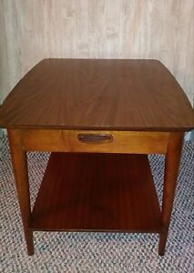Mid Century Danish Modern End Table By Lane 2961350