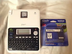 Brother P touch Pt 2030 Deluxe Desktop Label Maker Extra Sealed Roll Of Tape