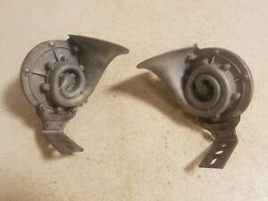 International Truck Pontiac Dodge Chevy Olds Ford Buick Plymouth Spartan Horns