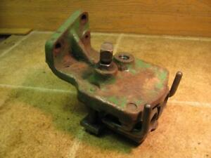 John Deere 3010 4010 Tractor Remote Hydraulic Outlet Coupler Block